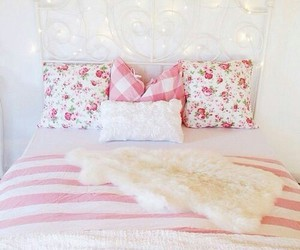 pink, bedroom, and girly image