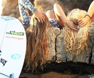beach, girls, and hair image