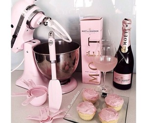 cupcake, pink, and moet image