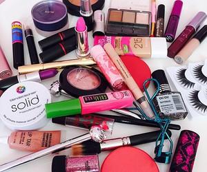 cosmetics, wonderful, and tarte image