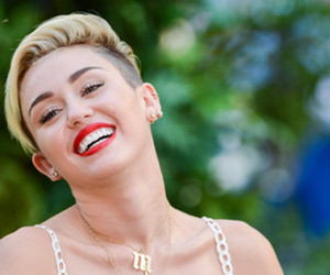 miley cyrus, beautiful, and smile image