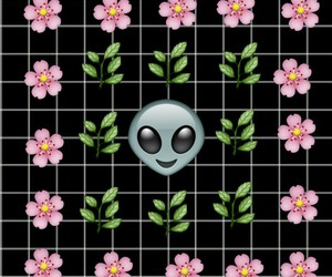 alien, alive, and alone image