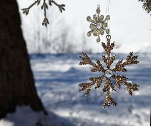 snow, snowflakes, and winter image