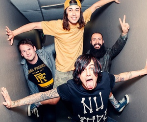 pierce the veil, kellin quinn, and sleeping with sirens image