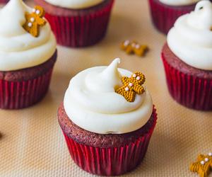 cupcake, yummy, and dessert image