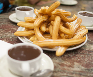 churros and chocolate image