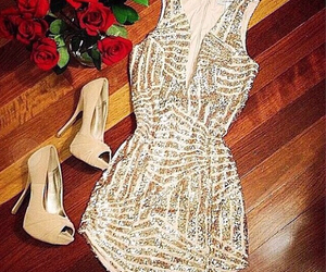 beige, kleid, and sexy image