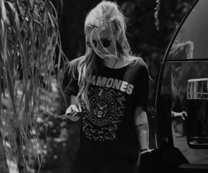 Avril Lavigne, girl, and ramones image