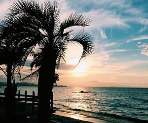 indie, sun, and ocean image