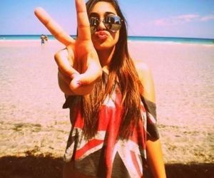 girl, beach, and peace image