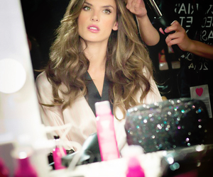 alessandra ambrosio and Victoria's Secret image