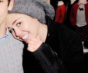 miley cyrus, cyrus, and icon image