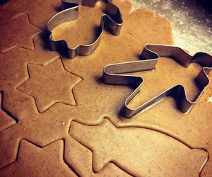 baking, gingerbread, and star image