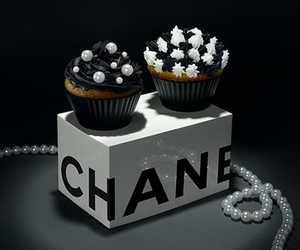 chanel, cupcake, and pearls image