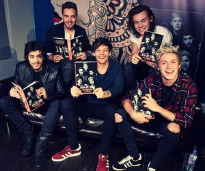 book, niall horan, and london image