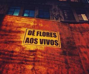 flores and people image