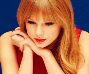 Taylor Swift and perfect image