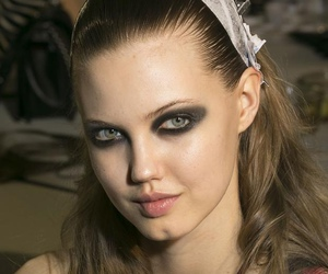 Atelier Versace, fashion, and lindsey wixson image