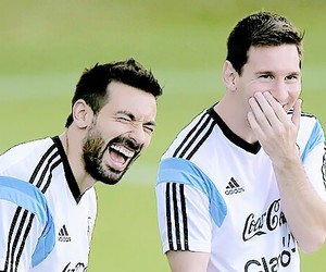messi, lavezzi, and argentina image