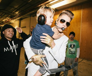 justin bieber, believetour, and fahlo image