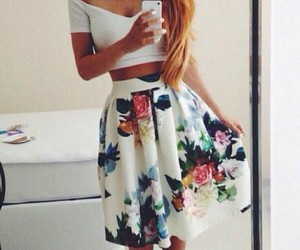 dress, fit, and floral image