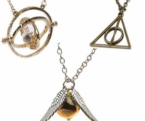 chains, gold, and harry potter image