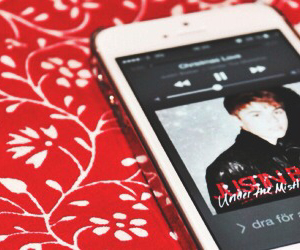 justin bieber, christmas, and red image