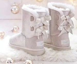 ugg and uggs image
