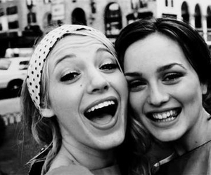 gossip girl, friends, and blair waldorf image
