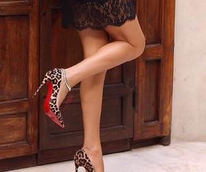 christian louboutin, hermeslouboutinlouis, and shoestobehappy image