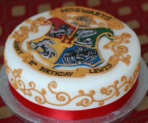 cake, harry potter, and hogwarts image