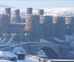conwy and snow image