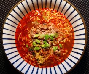instant noodles, japanese food, and pork image