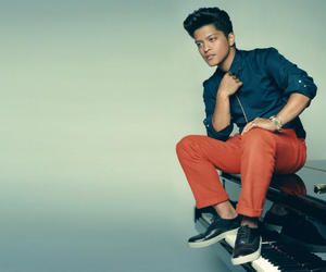 bruno mars, piano, and bruno image
