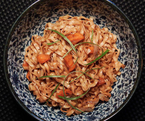 carrot, instant noodles, and onion image