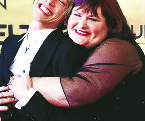 cassandra clare, hug, and Jamie Campbell Bower image