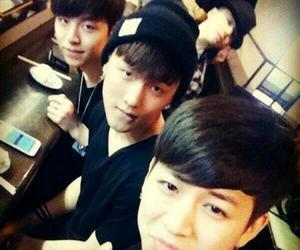 Ikon, yunhyeong, and donghyuk image