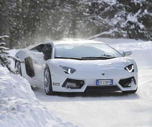 car and winter image