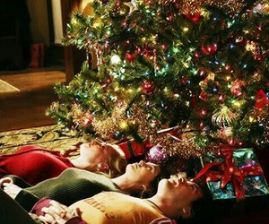 grey's anatomy, christmas, and izzie image