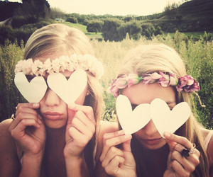 flowers, blonde, and girls image