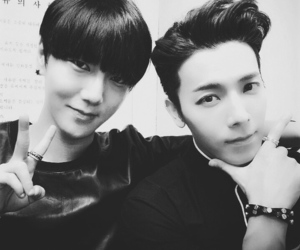 yesung, donghae, and super junior image