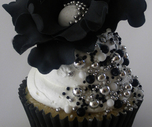 black, cupcake, and silver image