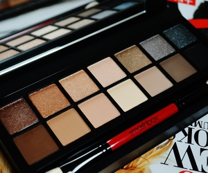 makeup and smashbox image