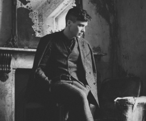cillian murphy and black and white image