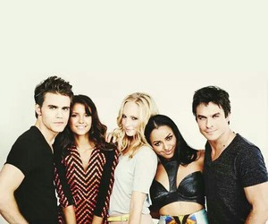 the vampire diaries, tvd, and Nina Dobrev image