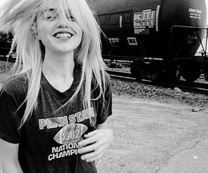 sky, sky ferreira, and smile image