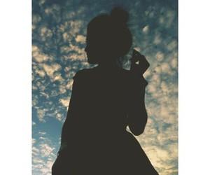 girl, kylie jenner, and sky image