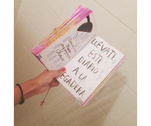 shower, wreck this journal, and destroza este diario image