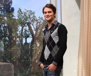 actor and shiloh fernandez image