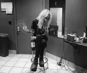 Taylor Momsen, the pretty reckless, and smoke image